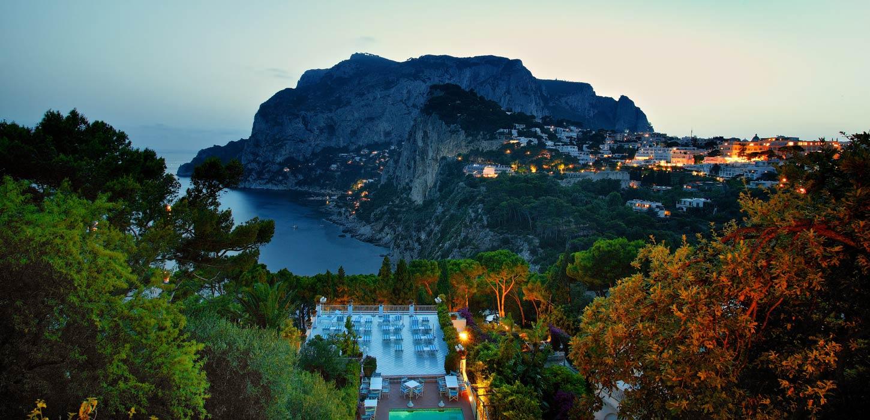 Hotel with a sea view in the center of capri villa brunella for Capri villa