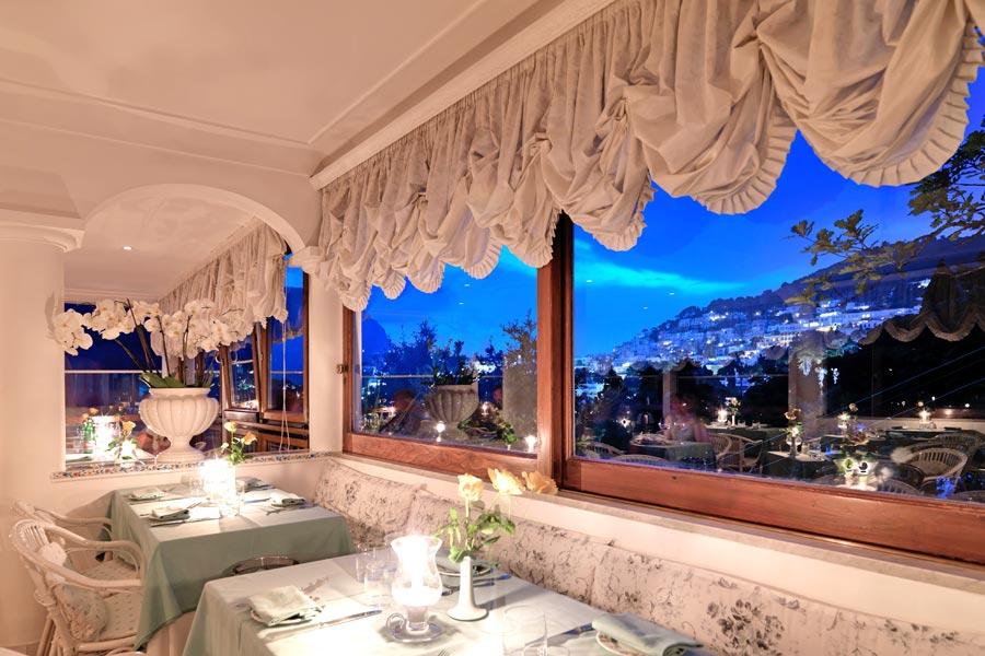 A panoramic restaurant on Capri: Terrazza Brunella